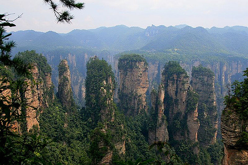 Zhangjiajie Park and Rainbow Mountain
