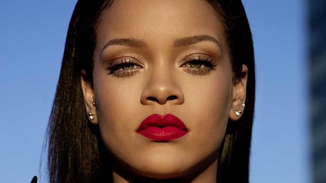 <h1>Rihanna named world's richest female musician</h1><h2>Forbes estimated the fortune of a pop diva at $600 million</h2>