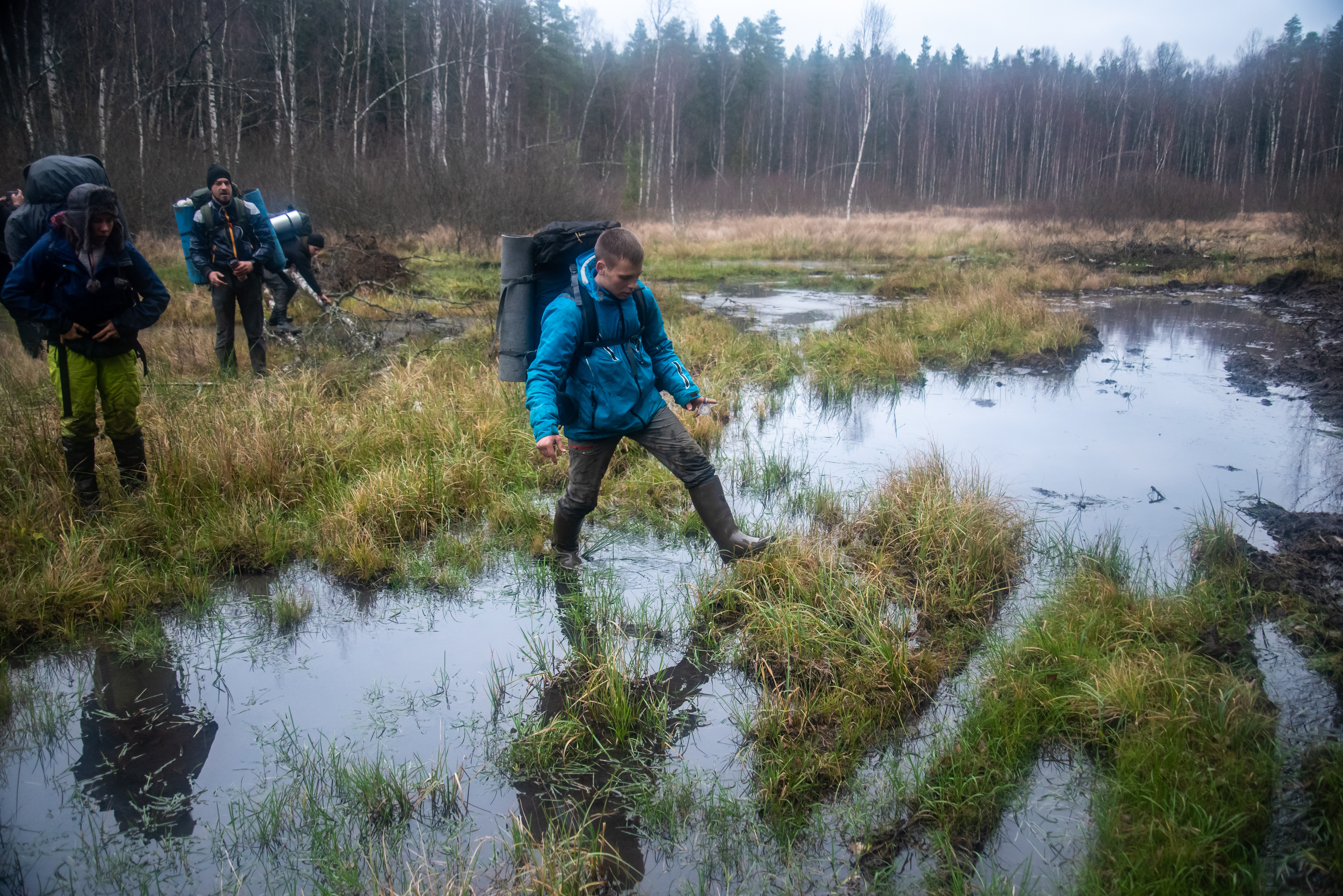 """Petushki"" repeatedly went across swamps. Difficult in daylight, such route is much more tricky at night"